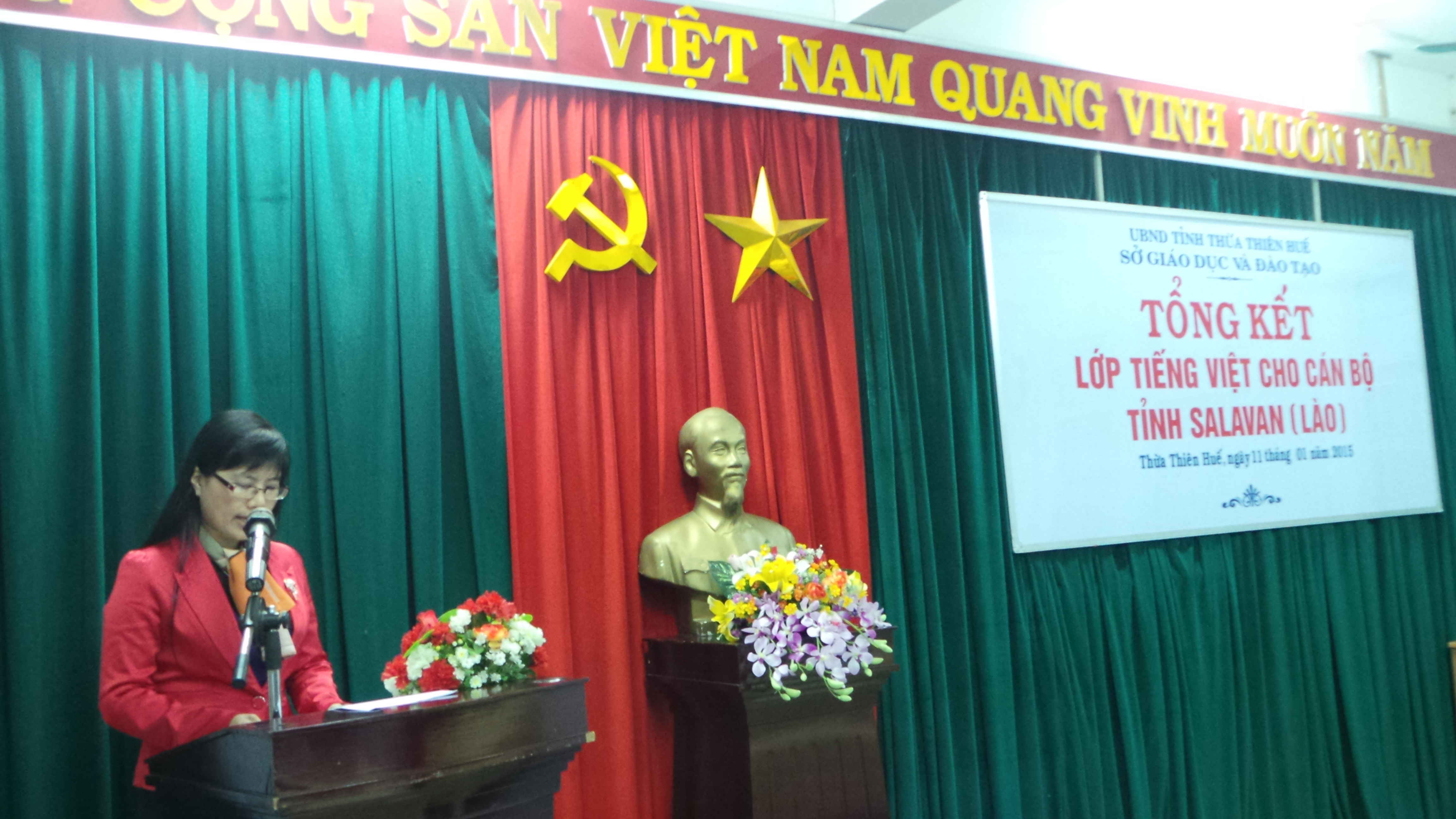 be giang lop tieng viet cho can bo lao